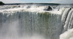 How to see Both Iguazu Falls in Argentina and Brazil