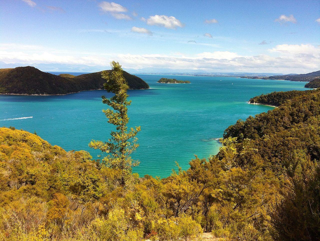 New Zealand: North Island Vs South Island